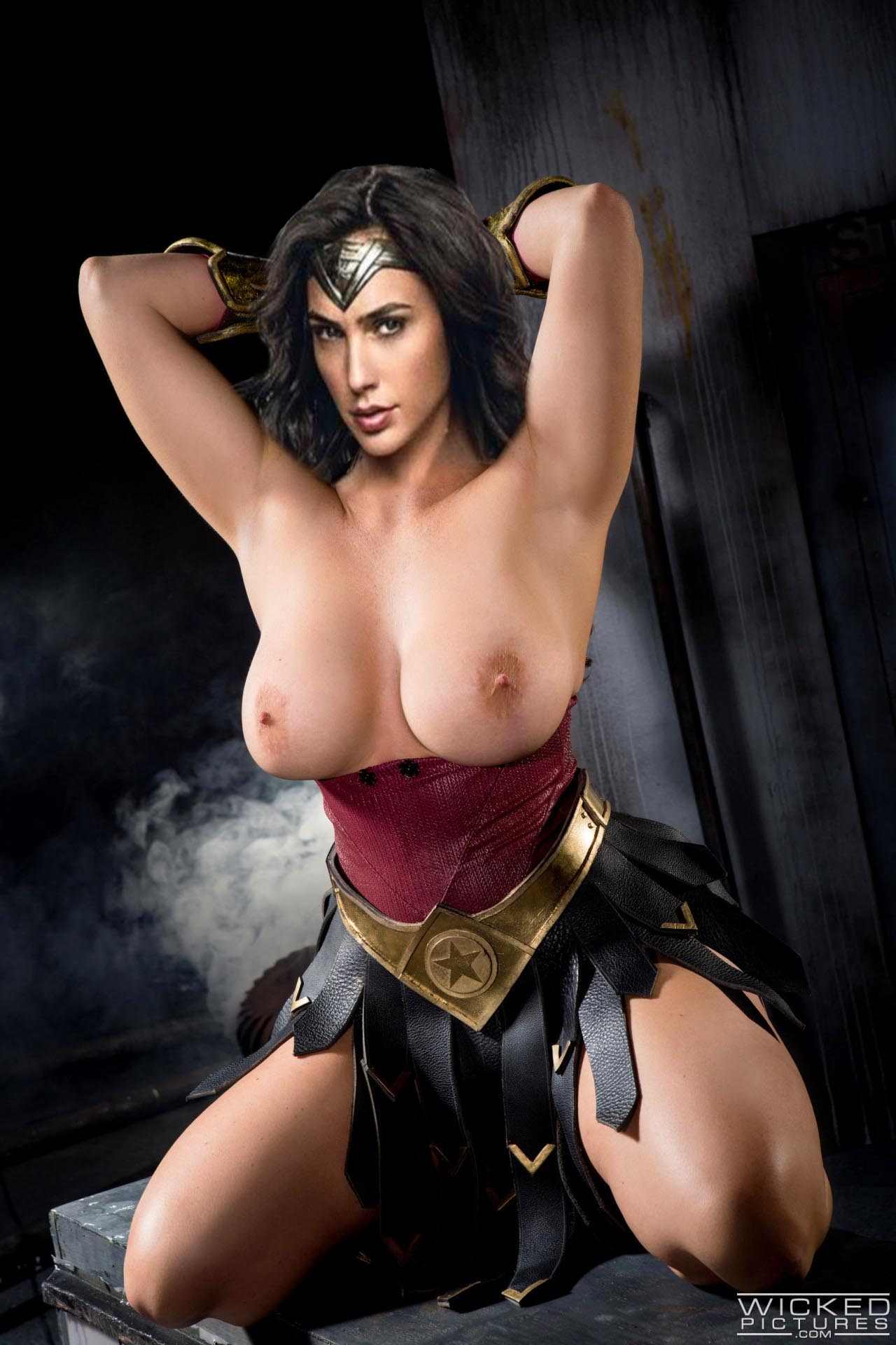 Wonder woman big tits nude pics naked photo