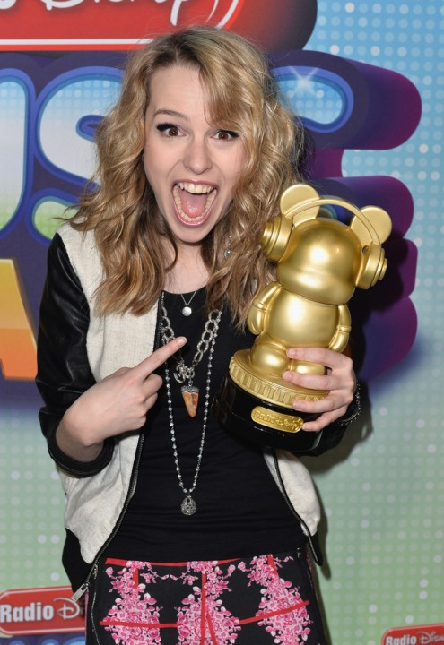 Bridgit+Mendler+2013+Radio+Disney+Music+Awards+OzLgWlEdMbRx.jpg
