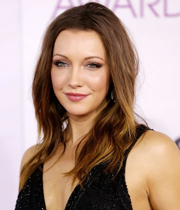 katie-cassidy-people-s-choice-awards-2013-03.jpg